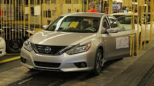 nissan altima 2016 trunk space 2016 2017 nissan altima review top speed
