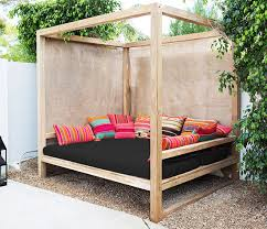 Outdoor Daybed With Canopy Diy Outdoor Daybed Pinteres