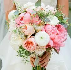 wedding flowers types common types of wedding flowers