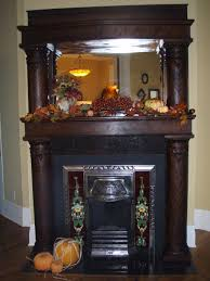 3 Stylish Mantel Displays Sainsbury Best 25 Victorian Fireplace Ideas On Pinterest Victorian Living
