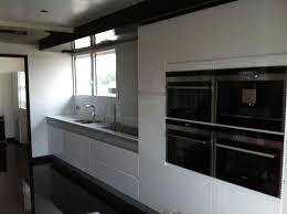 cuisine noir et rouge davaus net u003d cuisine moderne noir et rouge avec des idées