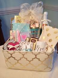 bridal shower gift baskets 25 best engagement gift baskets ideas on engagement