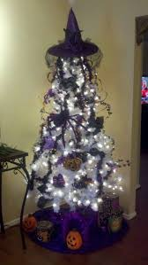 20 decorated halloween trees