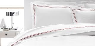 drap en satin de coton drap plat en satin de coton blanc avec un double bourdon rouge