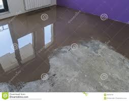 application of self leveling screed over cement floor apartment
