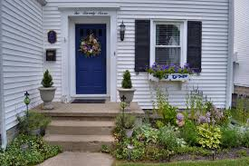 Landscape Ideas For Front Of House by Curb Appeal 20 Modest Yet Gorgeous Front Yards