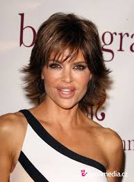 lisa rinna tutorial for her hair lisa rinna short straight hairstyle 02 latest hair styles cute
