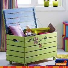 Build A Toy Box With Lid by Diy Toy Box With Lid Diy Toy Box Diy Toys And Toy Boxes