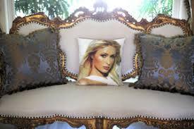 Lindsay Lohan Bedroom Lindsay Lohan U0027s Home Decor Two Giant Pictures Of Herself