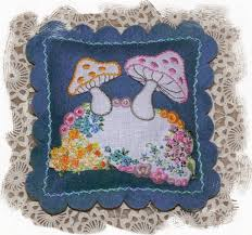 Making Pin Cushions Val Laird Designs Journey Of A Stitcher Pincushions And Needle