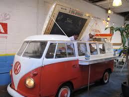 volkswagen kombi food truck the adventures of miss piggy tacombi new york
