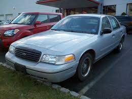 test driven 2000 ford crown victoria police interceptor mind