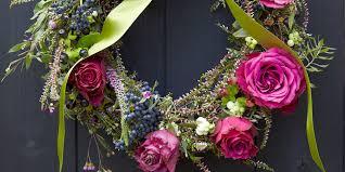 christmas wreaths to make christmas wreaths how to make a christmas wreath in simple steps