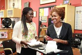 top black hair stylist the fight to rid black women s hair salons of toxic chemicals