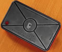 etch a sketch iphone case thinkgeek