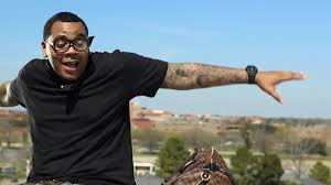 kevin gates drops the justice league produced u0027roaming around