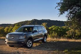 volkswagen atlas r line 2018 volkswagen atlas pricing announced will start at 31 425