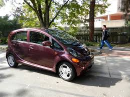 nissan leaf pros and cons 2012 mitsubishi i electric car owners speak up pros and cons