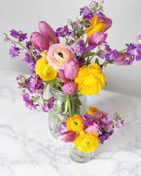 spring floral arranging tips with alice u0027s table domestikatedlife