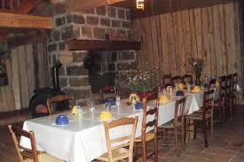 chambre d hote mont gerbier de jonc chambre êt auberge au pied du mont gerbier de jonc avec table d