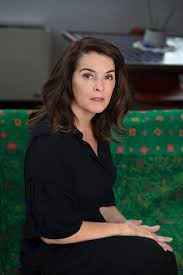 annabella sciorra and daryl hannah discuss weighing the costs of