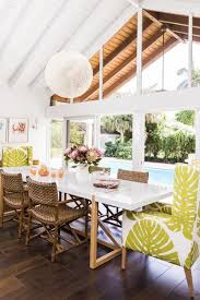 breezy tropical style dining space with balkon doors witch allows