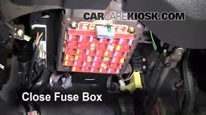 2001 ford mustang fuse box interior fuse box location 1994 2004 ford mustang 2004 ford