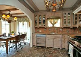Kitchen Pantry Kitchen Cabinets Breakfast by Best 25 Cottage Kitchen Cabinets Ideas On Pinterest Modern