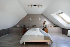 decoration chambre comble avec mur incliné chambre dans comble markez info