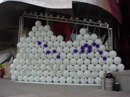 Wall Decoration With Balloons by Balloon Drop Effects Services Balloon Walls At Events Tlc Creative