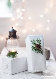 White Christmas Wrapping Ideas by Diy 79 Ideas