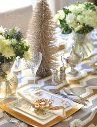 Christmas Table Decorations Ideas 2012 by Christmas Table Ideas Decorating With Silver And Gold