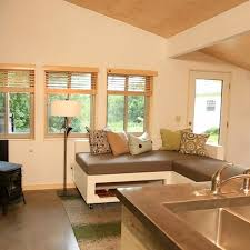 Tiny House Living Room by 92 Best Tiny House Nation Images On Pinterest Architecture