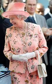best 25 the queen ideas on pinterest queen elizabeth queen