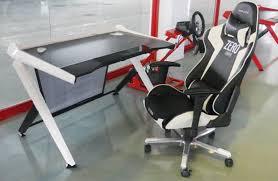 Gamer Desk Chair Gaming Chair Peripherals Linus Tech Tips