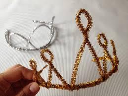 best 25 crown crafts ideas on pinterest paper crowns diy