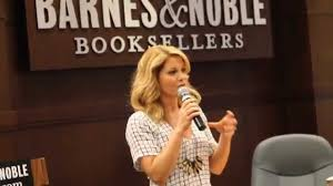 Barnes And Noble Los Angeles Candace Cameron Bure At Barnes And Noble The Grove Los Angeles