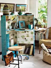 cabine de plage bois un bureau comme une malle cabine marie claire