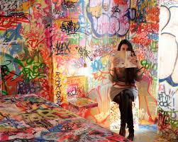 graffiti chambre tilt graffiti room hotel bkrw com i extraordinaire digital