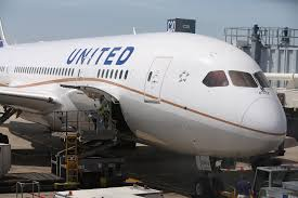 united airlines bag fees united airlines to cut some management positions