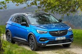 opel suv 2017 opel grandland x a stylish newcomer is ready to attack in the