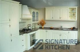 signature kitchen selling the solid wood kitchen cabinets for