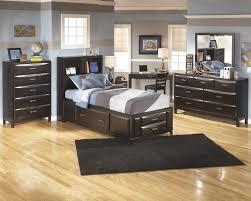 Small Bedroom Design With Desk Small Desk For Small Bedroom Descargas Mundiales Com