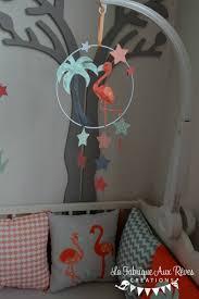 mobile enfant design mobile éveil bébé flamant rose étoiles corail saumon vert eau gris
