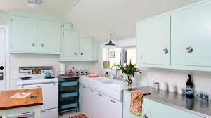 paint for metal kitchen cabinets 12 stunning midcentury modern kitchen ideas
