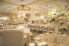 Wedding Venues In Houston Tx Classic Jewish Wedding At A Synagogue In Houston Texas Inside