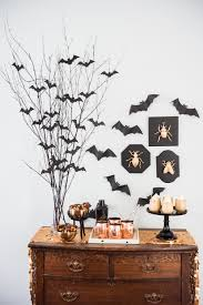 easy spooky halloween party decor the sweetest occasion