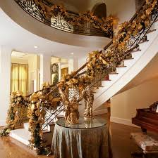 Garland Hangers For Banister Decorate The Stairs For Christmas U2013 30 Beautiful Ideas