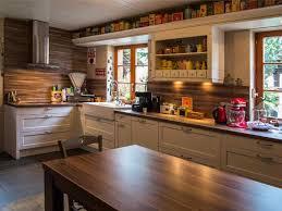 cuisine rustique moderne enchanteur cuisine rustique et moderne et cuisine melange rustique
