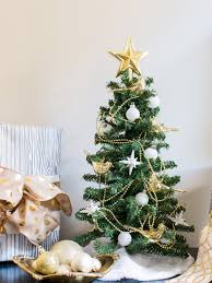 10 easy last minute holiday decorating ideas to do today hgtv u0027s